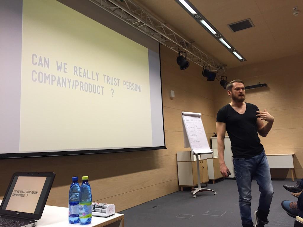 SeeBloggers-Piotr-Bucki