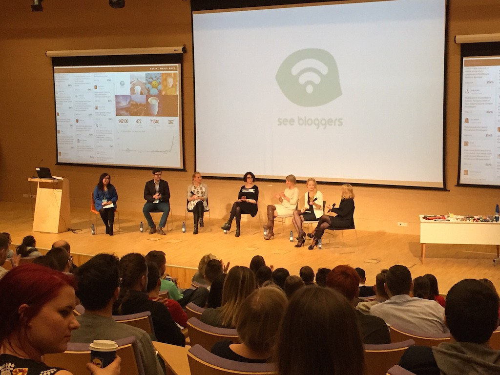 SeeBloggers-panel1