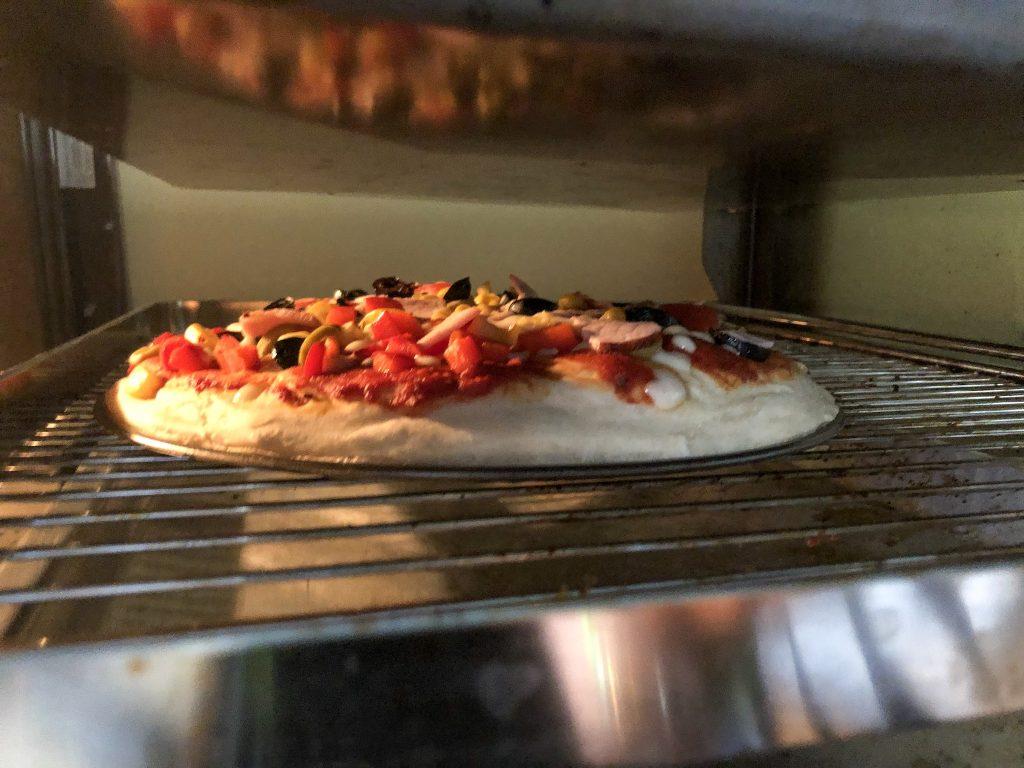 Przepis na najlepszą pizzę podczas pieczenia