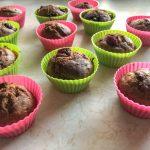 Muffiny bananowe z owocami – zdrowe i BEZ CUKRU