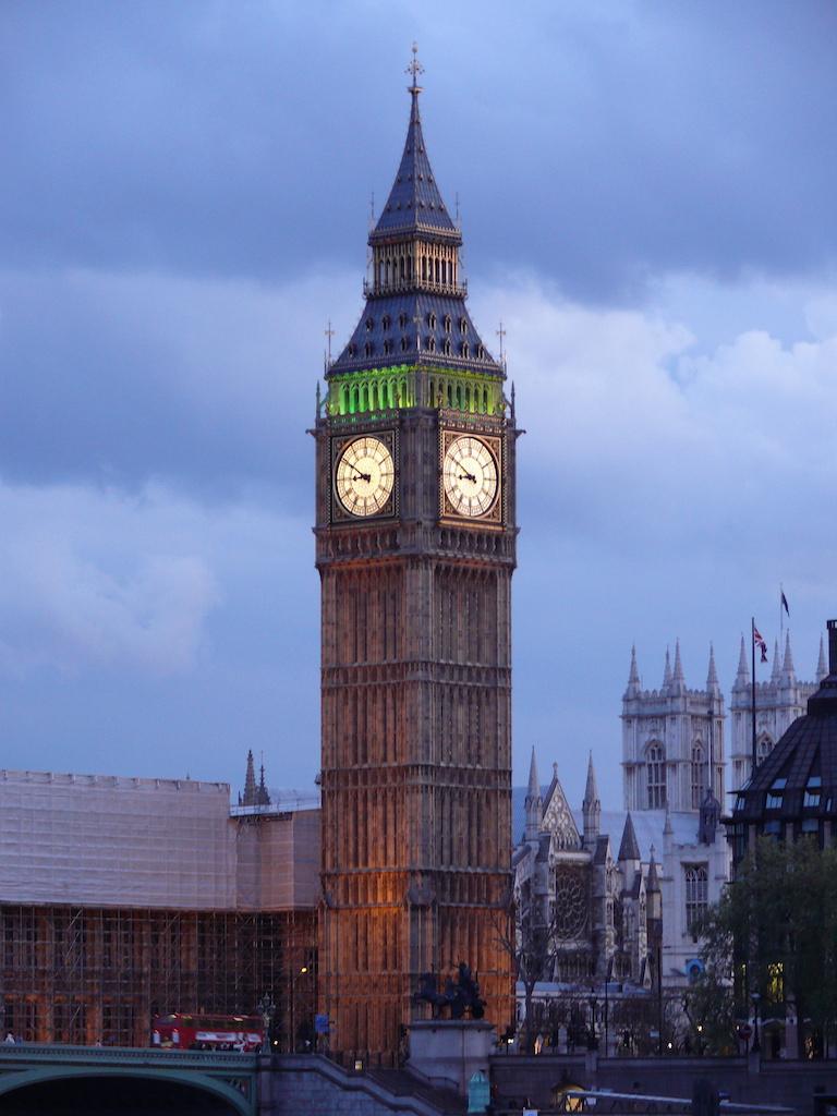londyn-big-ben-noc
