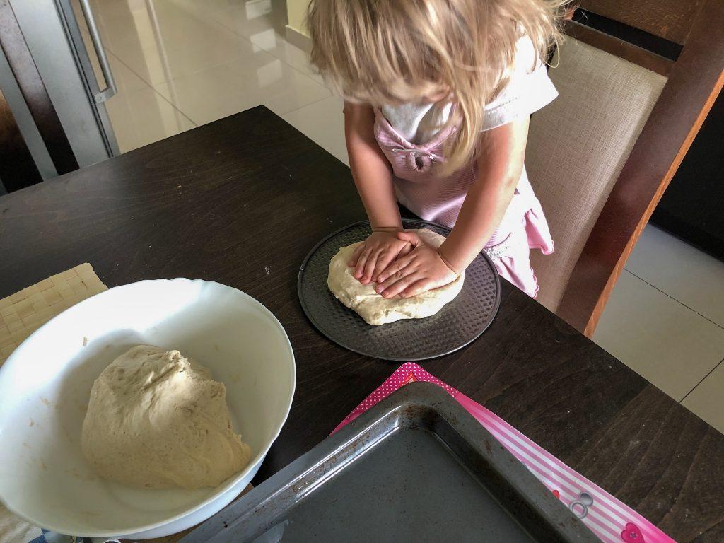 Ciasto ugniata córka